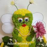 "Фигурка из цветов ""Пчелка"""