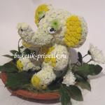 Слон из цветов